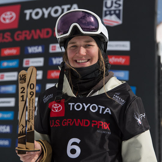 Julia Krass Slopestyle Freeskier Kulkea Athlete